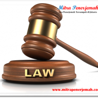 Kamus Hukum dalam Menerjemahkan Dokumen Perjanjian